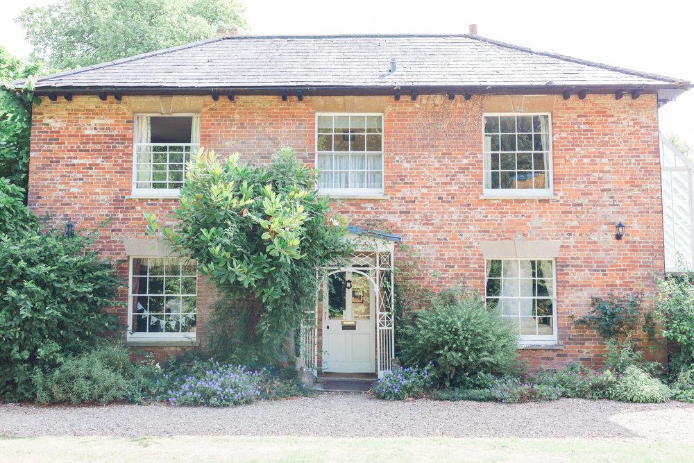 bridal suite orchardleigh estate.jpg