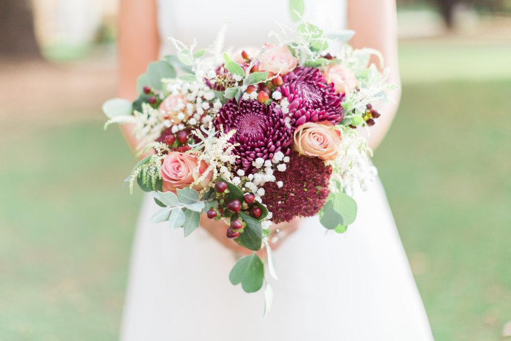 beautiful autumn berry bouquet.jpg
