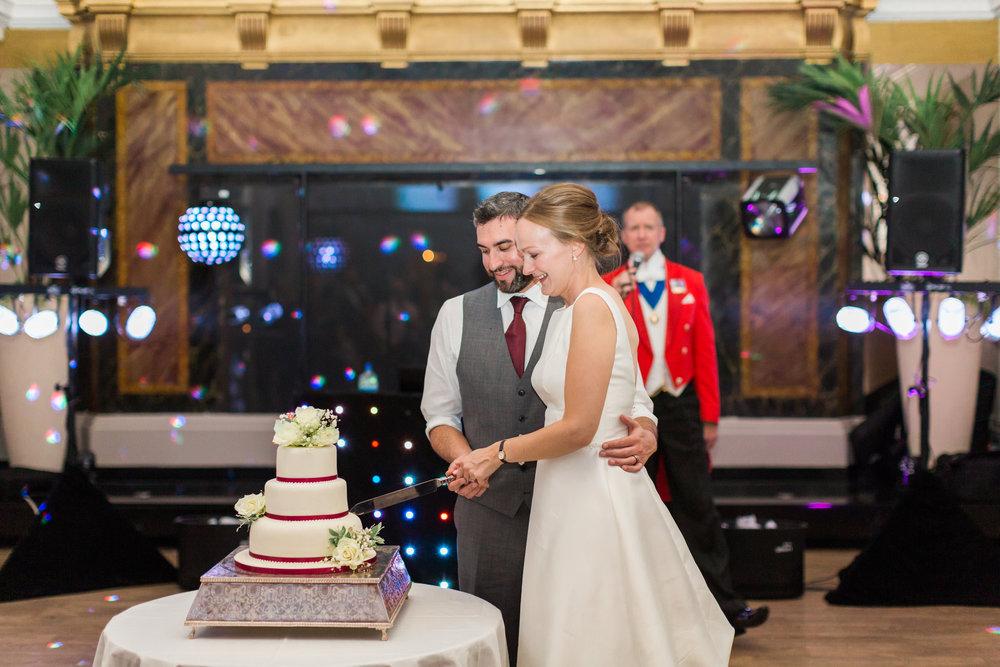 wedding cake beaumont estate.jpg