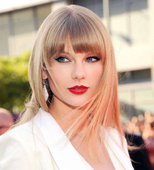 taylor-swift-red-lipstick.jpg