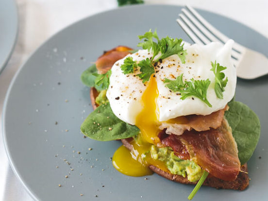 sweet-potato-toast-with-avocado-spinach-prosciutto-and-poached-egg-11