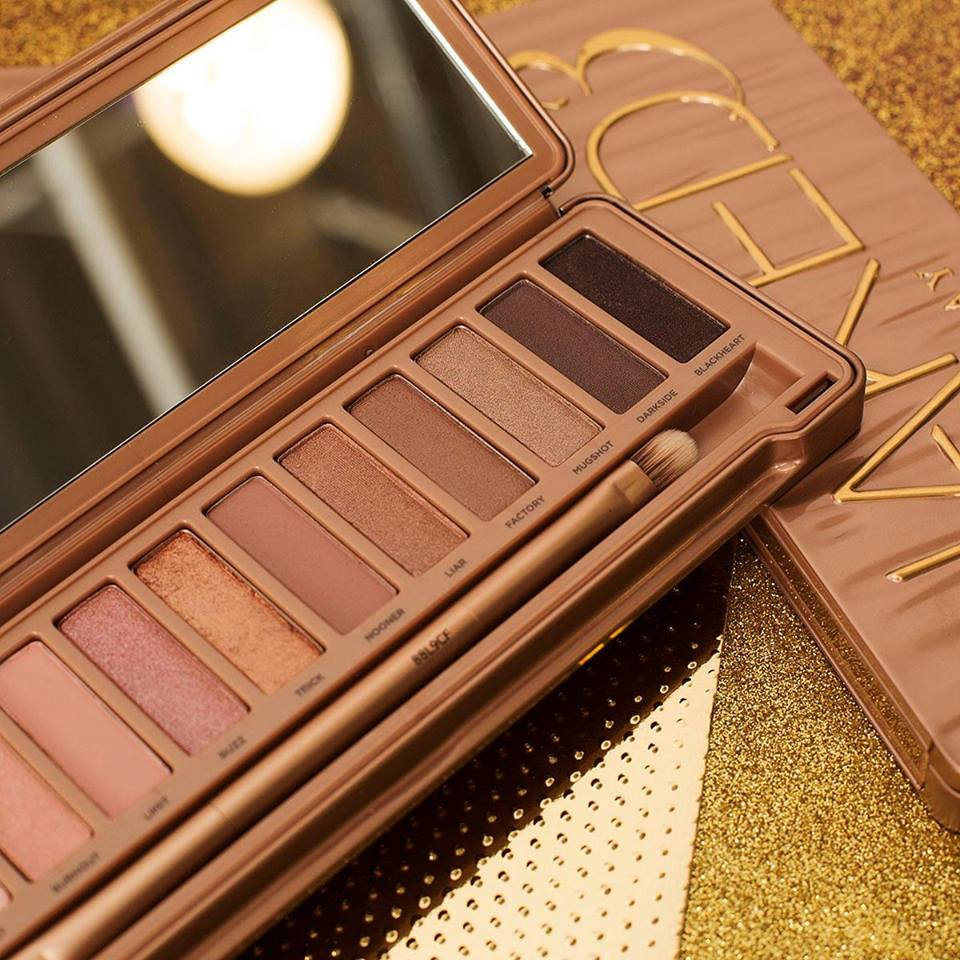 urban-decay-naked-3-palette-closeup.jpg