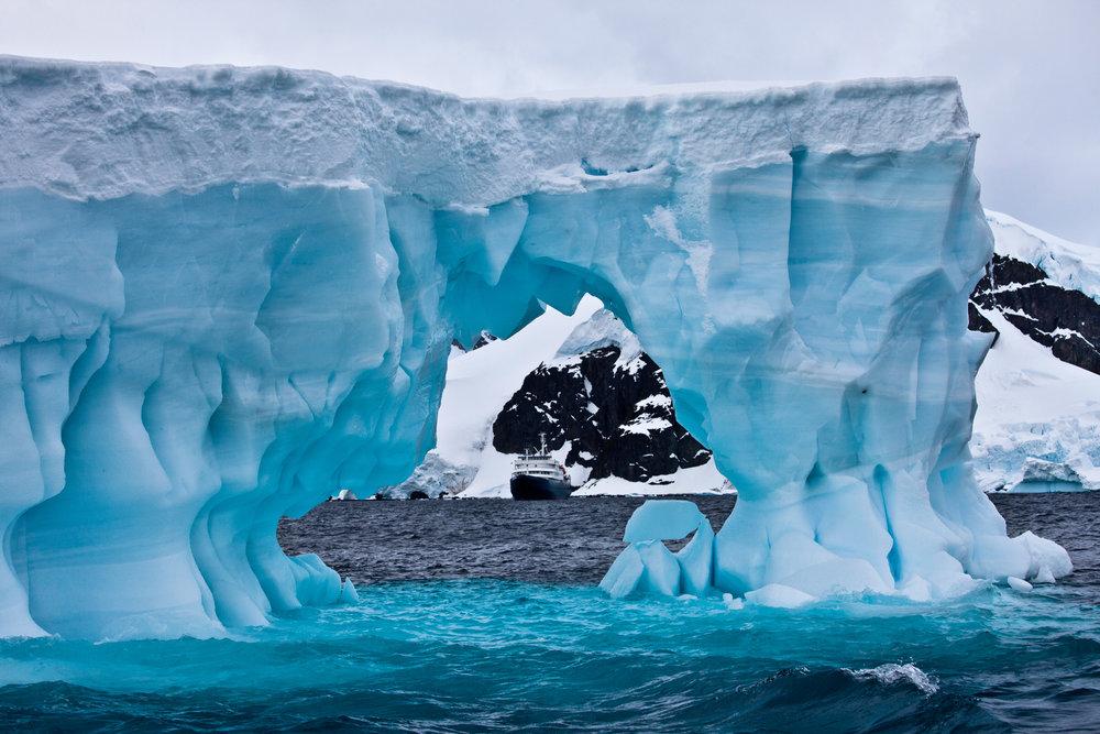 antarctica_86162841.jpeg