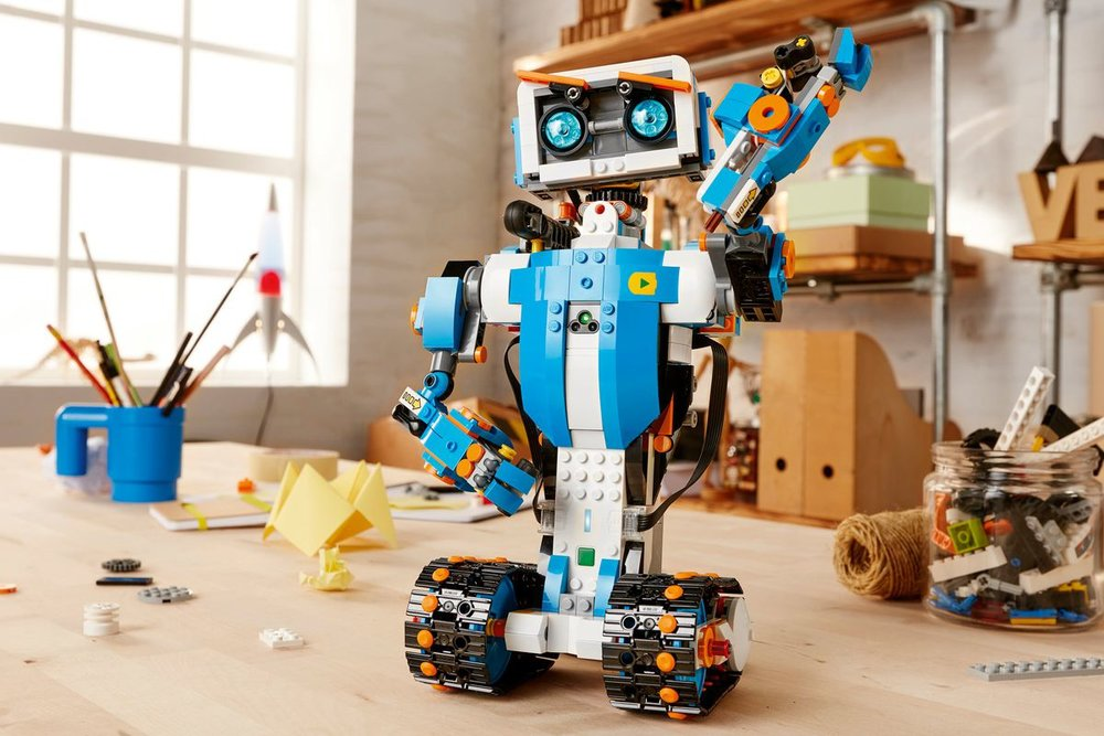 lego_boost_design_products_technology_robots_dezeen_hero.0.jpg