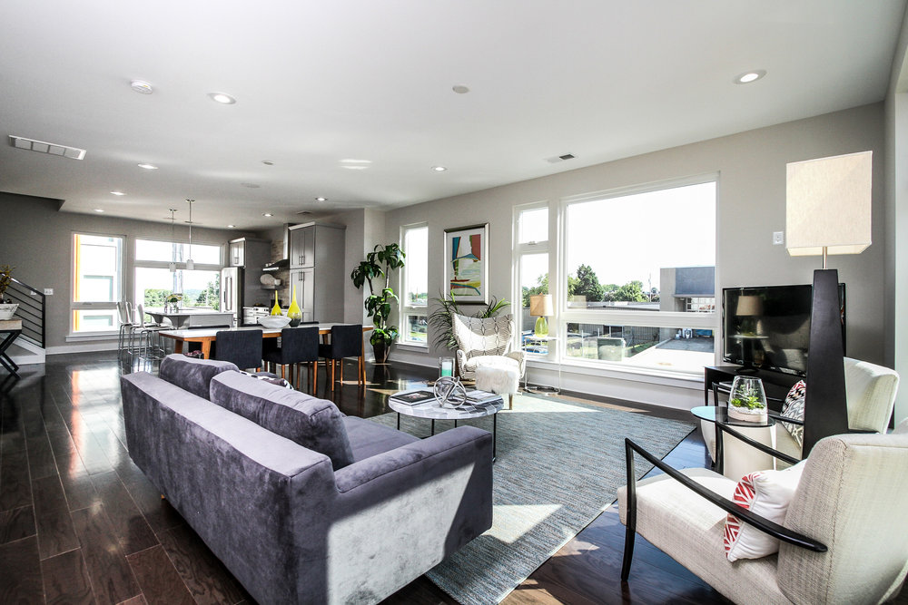 Southpoint_Living Room_6703.jpg