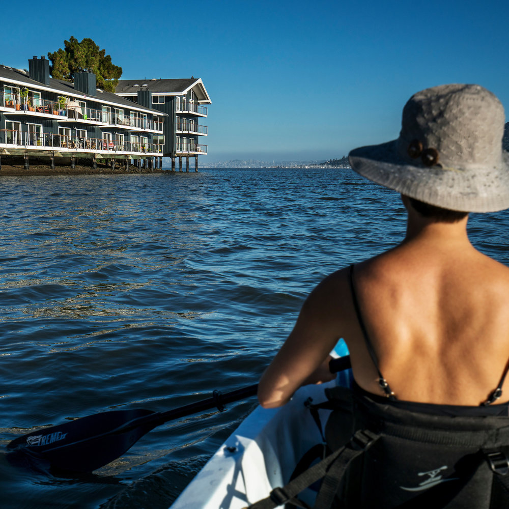 The Cove at Tiburon offers its residents complimentary use of kayaks and paddleboards.
