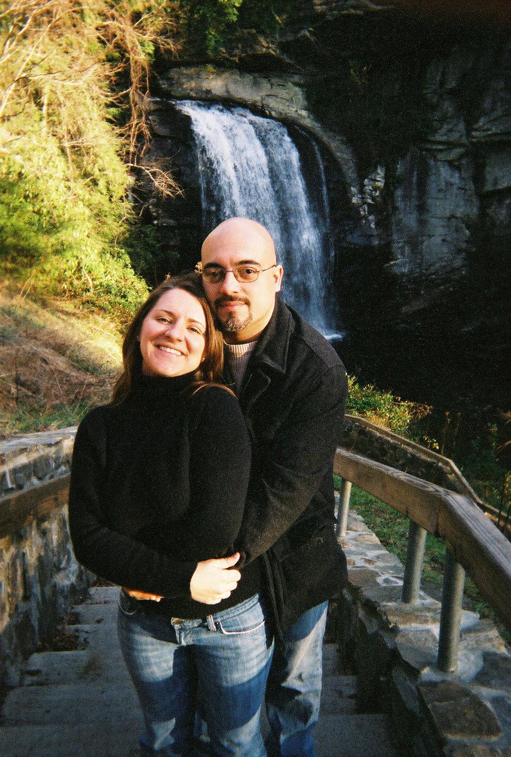 Angela&Rich_at_Falls.jpg