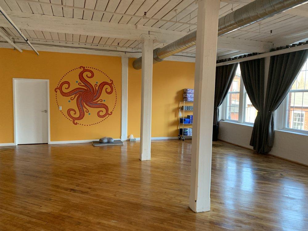 the yoga shop new 3.jpg