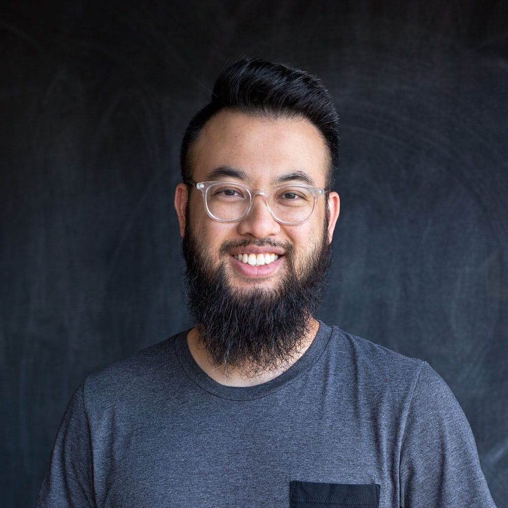Terence Tang - Educraytor • Reppin Texas, USATerence is a freelance lettering artist and graphic designer from Houston, Texas. He has been obsessed with artistic handwriting and drawing letters since childhood, but didn't begin intentional practice until 2013 when the Instagram boom exposed him to calligraphers like Colin, Matt Vergotis, and Daniel Palacios. He has now integrated what began as a serious hobby into his professional design workflow, where magic markers are now among his go-to tools for designing logos and lifestyle goods.Instagram | Dribbble | Website