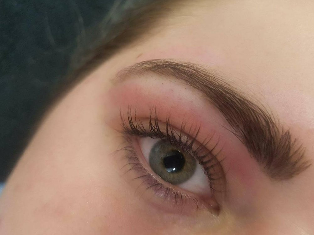 The Ultimate Brow Sculpt Package - $75includes tailored brow sculpt henna and lash tint
