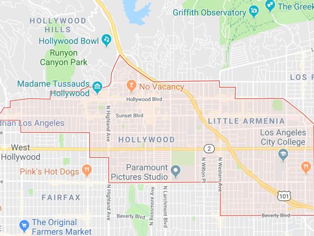 Hollywood  Superficie: 79.5 km2 Démographie: environ 87,990 habitants Prix moyen par Sq.Ft (1m2 = 10.76 Sq.Ft): -Maison Single Family: Q1 2018: $690 (Q1 2017: $581) -Condo: Q1 2018: $563 (Q1 2017: $616)