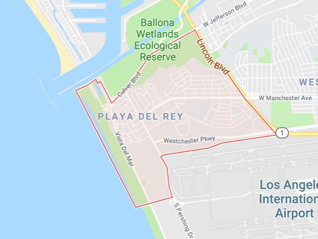 Playa Del Rey  Superficie: 6.21 km2 Démographie: +12,129 habitants Prix moyen par Sq.Ft (1m2 = 10.76 Sq.Ft): -Maison Single Family: Q1 2018: $614 (Q1 2017: $569) -Condo: Q1 2018: $598 (Q1 2017: $551)