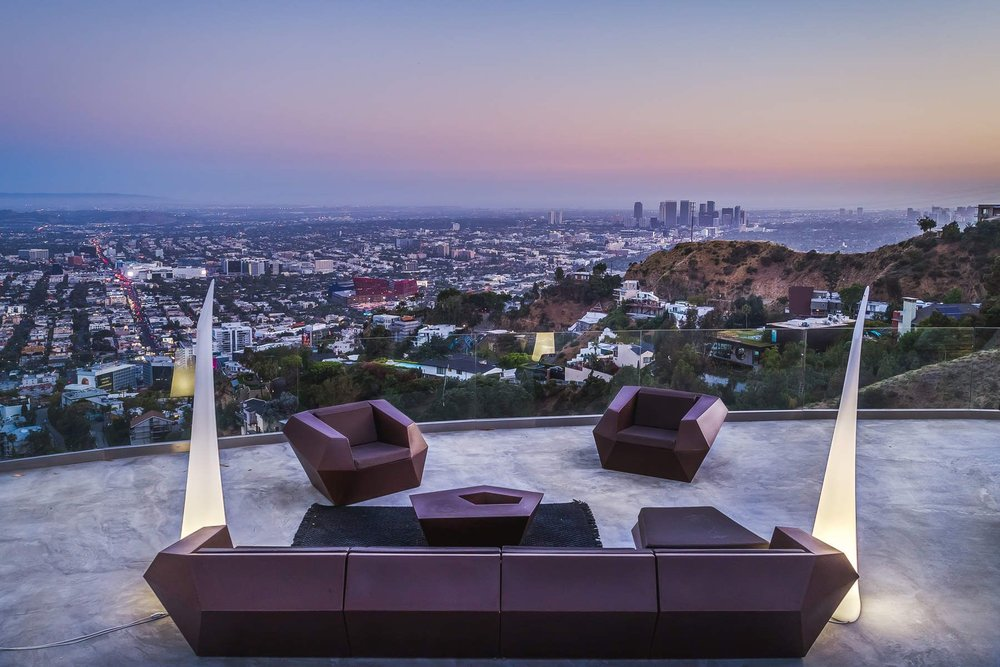 8460 Cole Crest Drive   ARCHITECT HOUSE IN HOLLYWOOD HILLS   Short-term Rental $30,000/Month