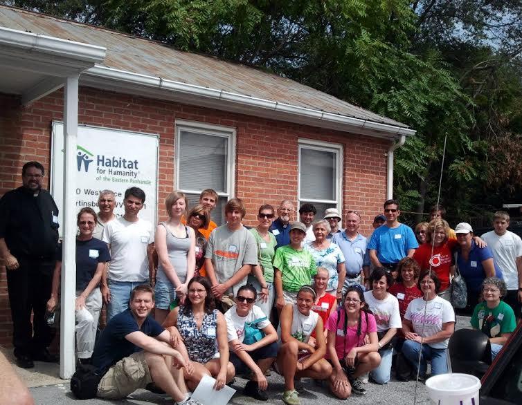 2015-0130-dc-habitat-volunteers.jpg