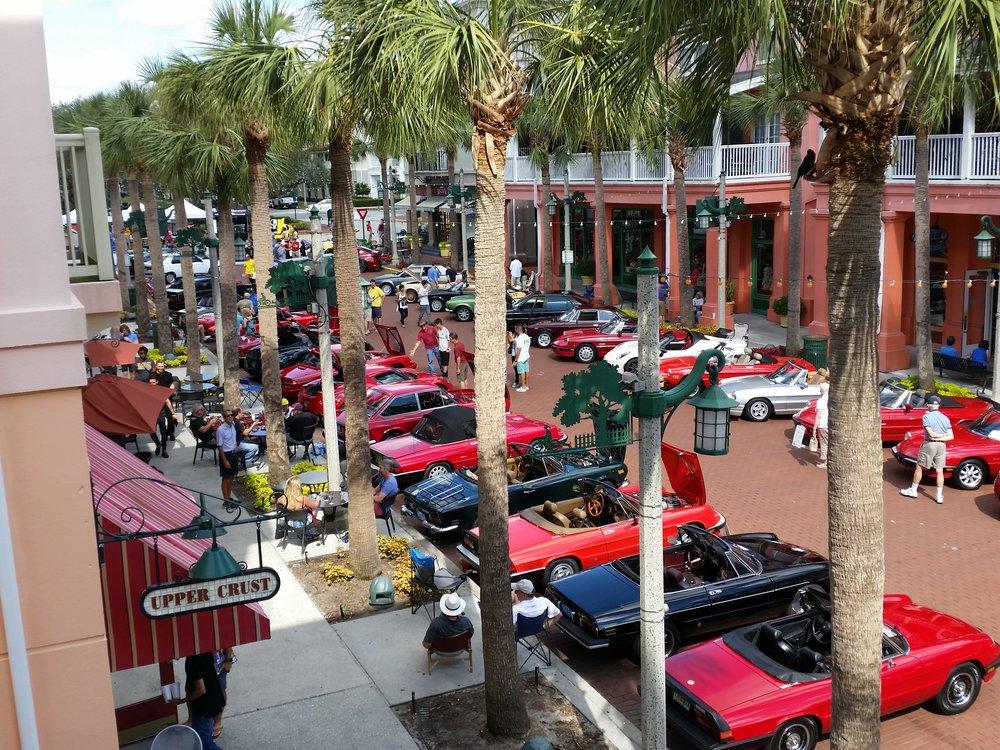 Market St, in Celebration during Viva Alfa Romeo..jpg