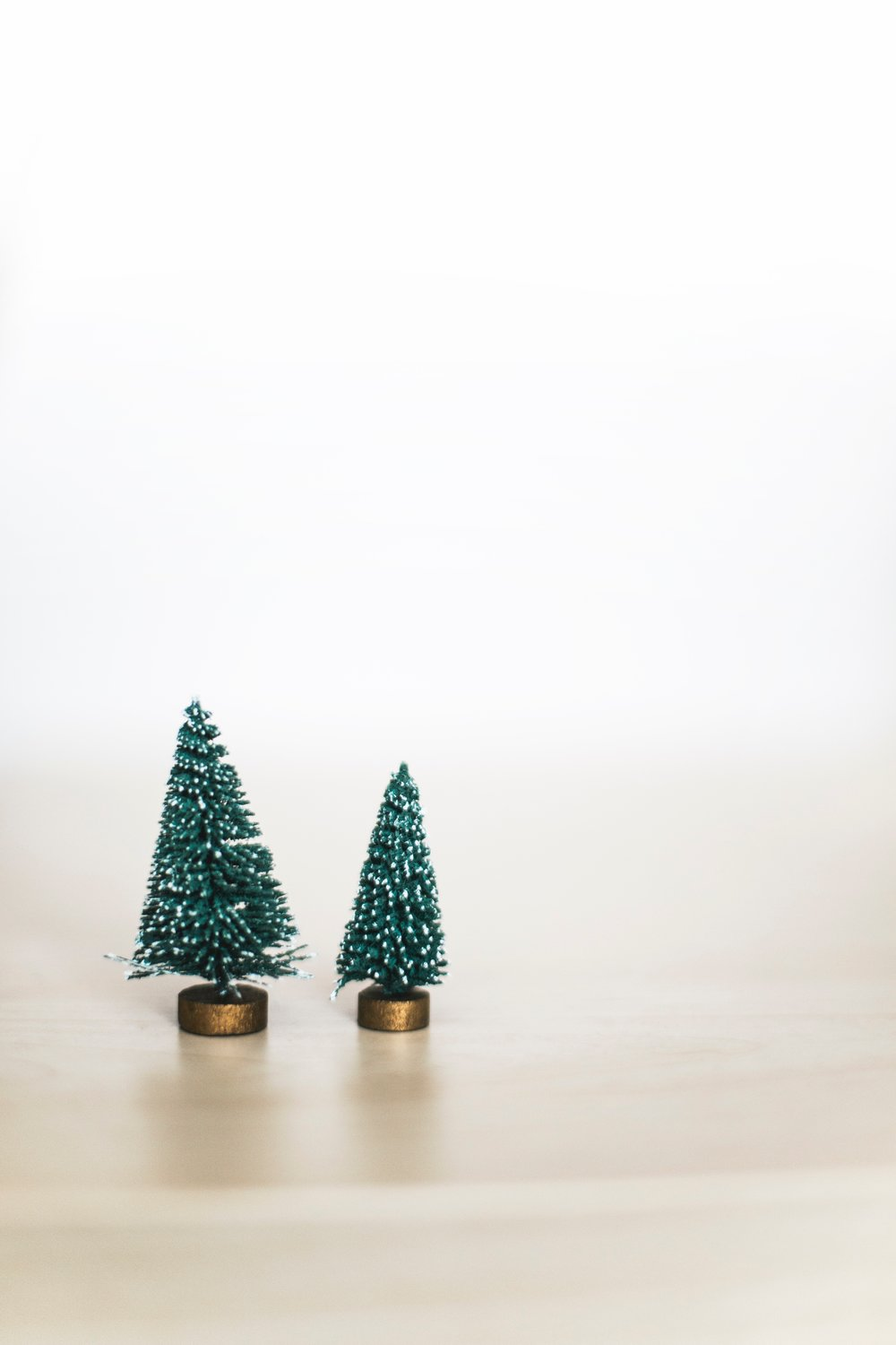 Minimalist Christmas.Is A Minimalist Christmas With Kids Possible My