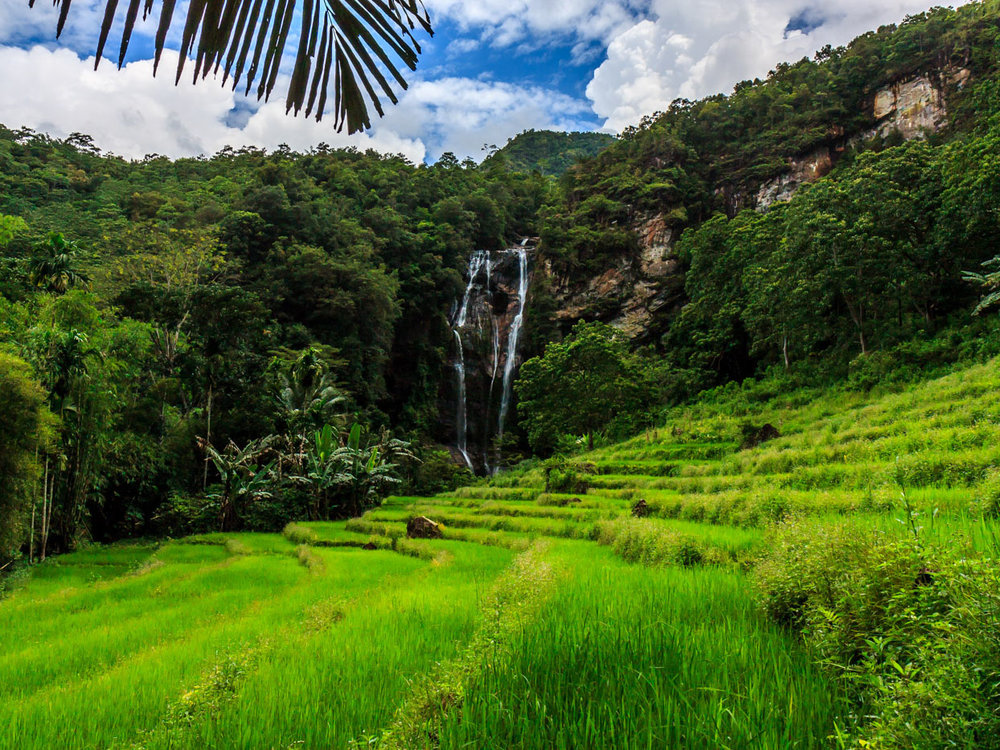 Cunca Rami Waterfall -