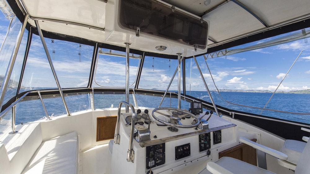Plataran_Nusantara_Yacht_Daily_Trip_Flores3.jpg
