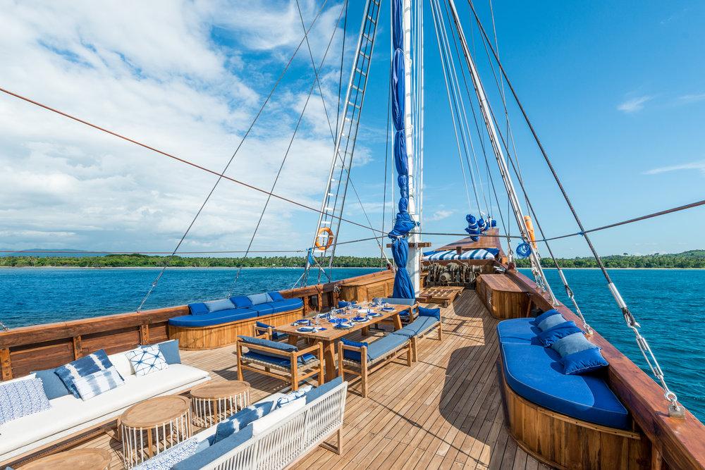 Ocean-Pure-deck-indonesia.jpg