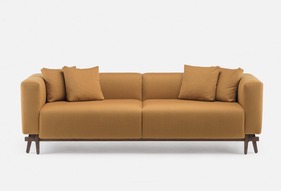 788_Sofa_Eight_by_NeriHu_in_walnut_and_Vidar_2_472___frontweb_920x625.jpg