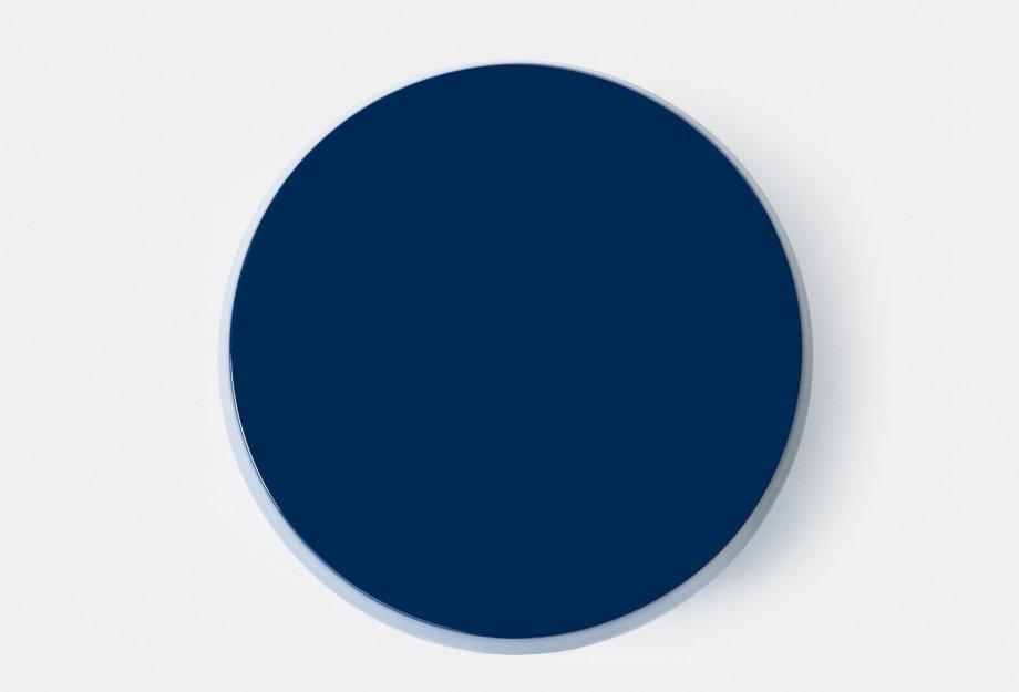 761M_Zhuzi_Table_by_NeriHu_in_blue_fibreglass_topweb_920x625.jpg