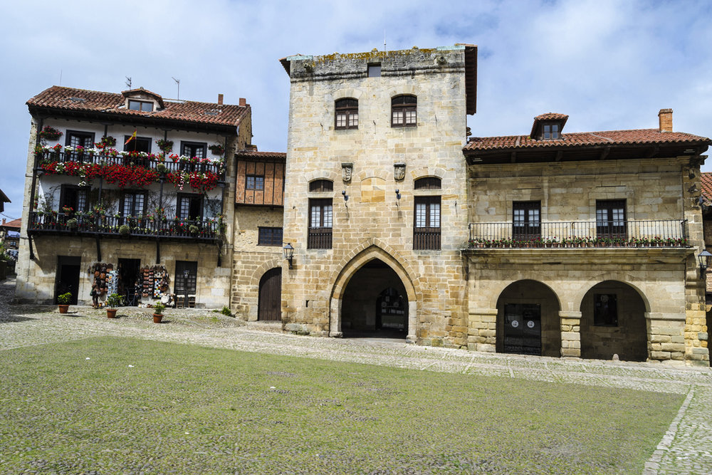 Plaza Mayor de Santillana del Mar (Cantabria)