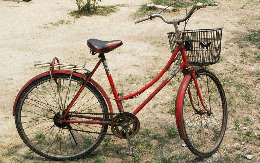 Razones para recorrer Ibiza sobre ruedas.