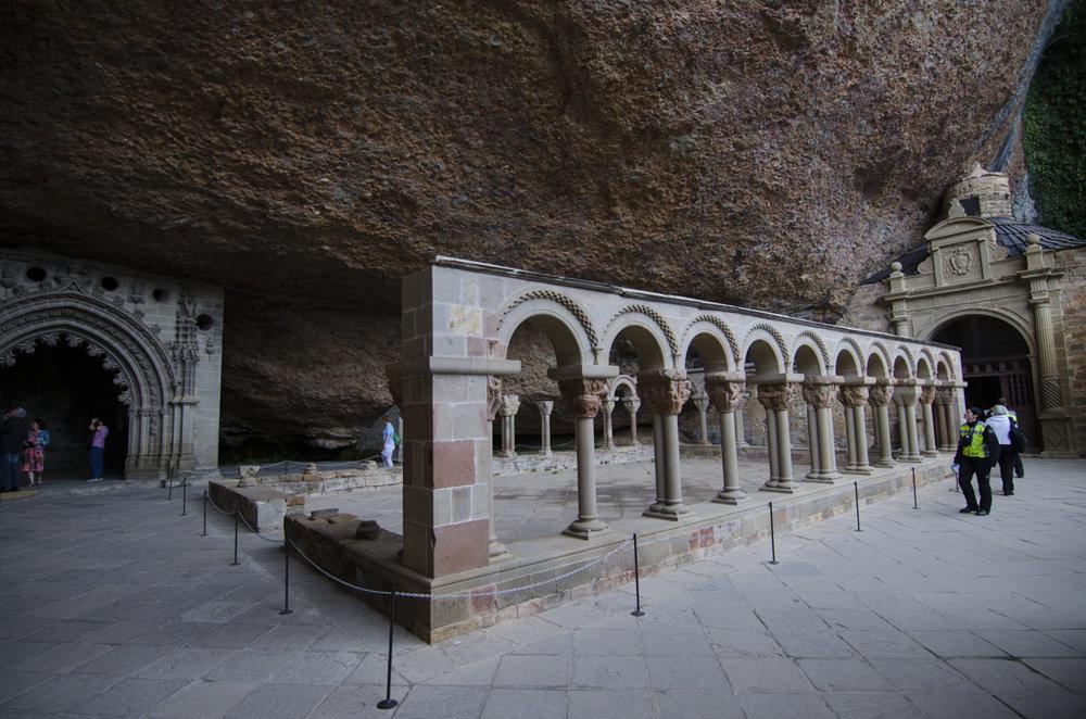 Monasterio de San Juan de la Peña (Huesca) - Claustro.