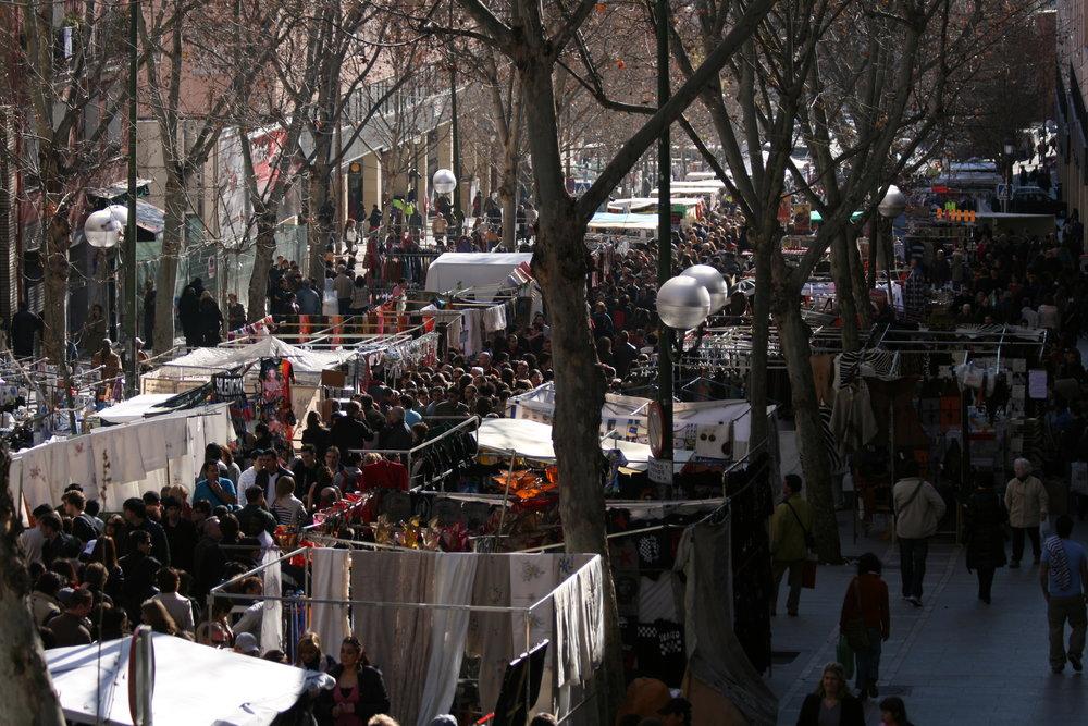 Madrid, epicentro de barrios. - El Rastro.