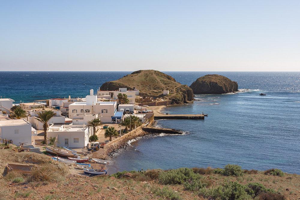 Qué ver en Cabo de Gata. La Isleta el Moro.
