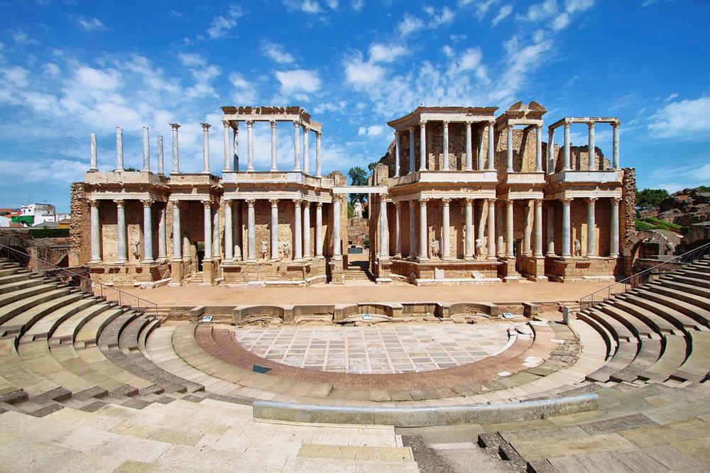 """Las """"huellas romanas"""" más bonitas de España - Teatro Romano de Mérida"""