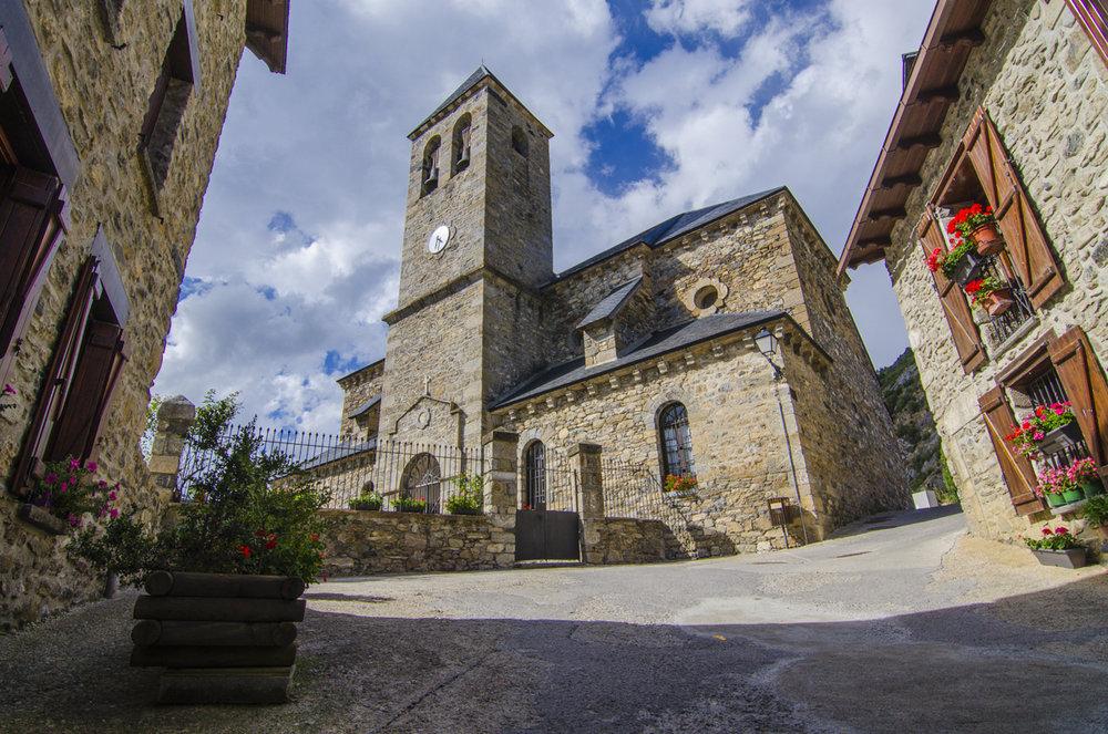 Lanuza (Huesca) - Iglesia del Salvador
