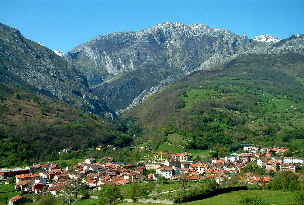 Arenas de Cabrales (Asturias)