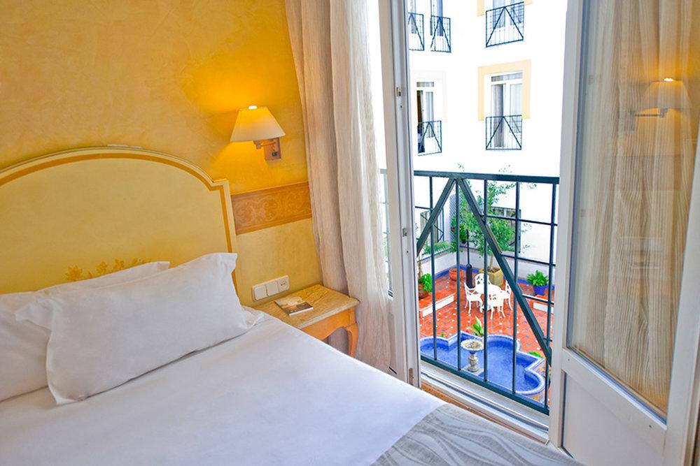 hotel-eurostars-regina-sevilla.jpg