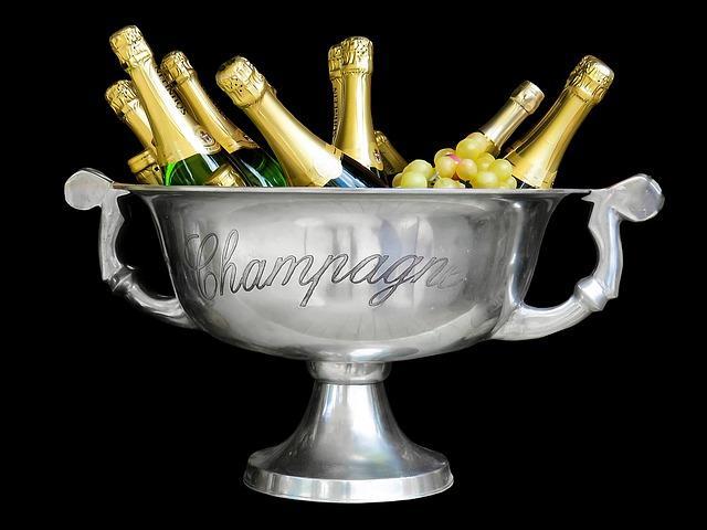 champagne-1500248_640.jpg