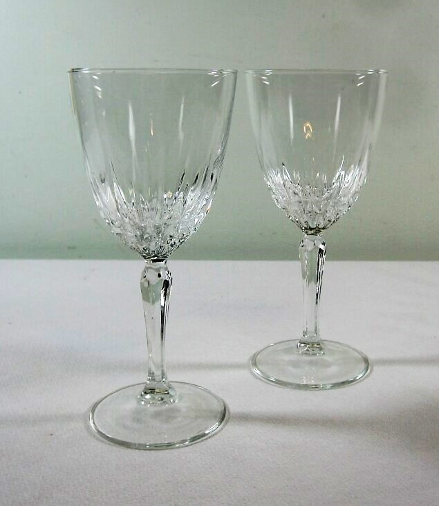 Wine Glasses - Description ~ A nice crystal glass for sipping wine from!Quantity ~ 165Price ~ .50