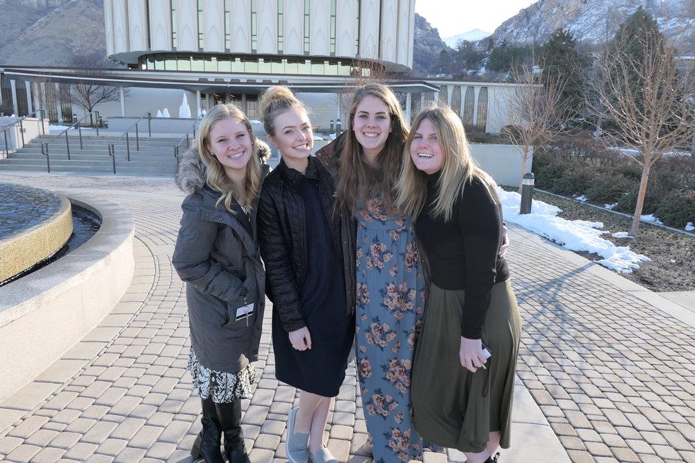 1.Sisar Johns, Me, Sisar Smith, Sisar Hansen