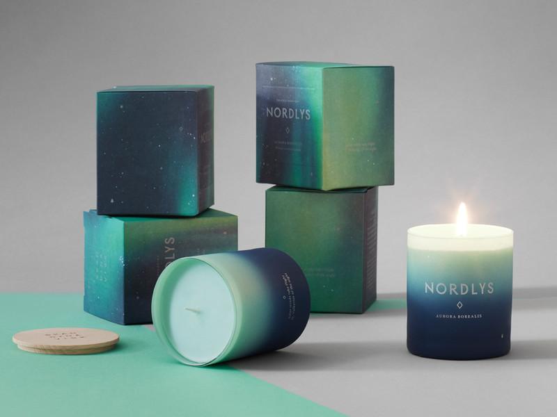 Skandinavisk-Nordlys-Hand-Poured-Scented-Candle-190g-STYLED.jpg