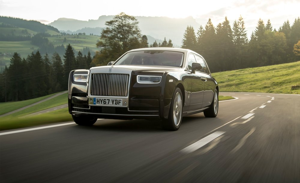 2018-rolls-royce-phantom-viii-first-drive-review-car-and-driver-photo-693026-s-original.jpg