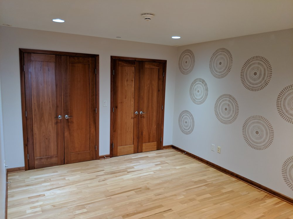 Spare Bedroom - Spacious closets