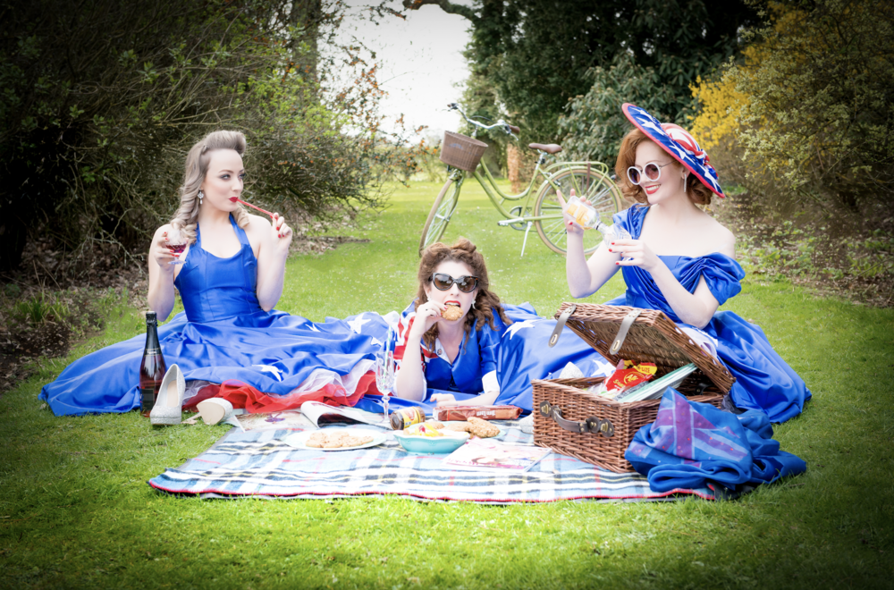 Sally, Ashleigh and Kara  Photo credit: Elizabeth Keates Photography
