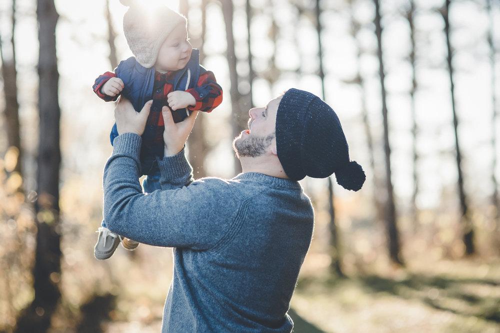 minneapolis outdoor family photographer-3.jpg