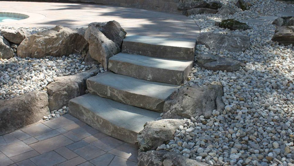 Auburn-Sky-Pool-Patio-Natural-Stone-Steps-Rocks.jpg