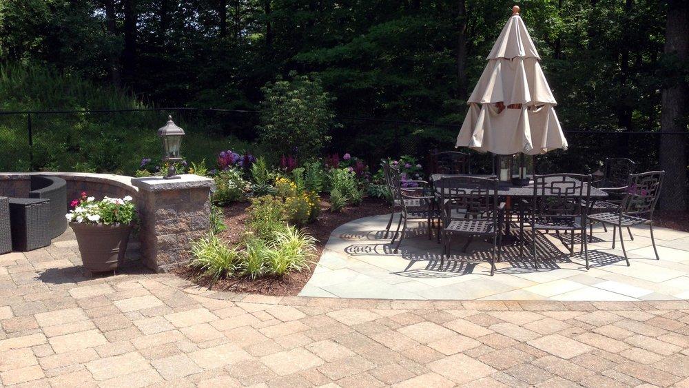 Auburn-Sky-flagstone-patio.jpg