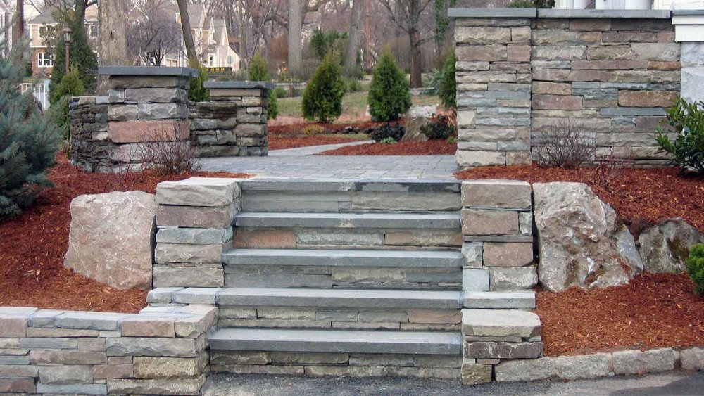 Auburn-Sky-Landscaping-Stacked-Slate-Natural-Stone-Steps-Walls-Pillars-Entrance.jpg