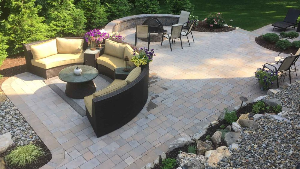 Auburn-Sky-Landscaping-Hardscape-Paver-Patio-Walls-Firepit-Outdoor-Seating.jpg