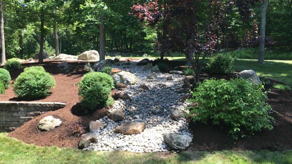 Auburn-Sky-Mulch-Stone-River-Bed.jpg