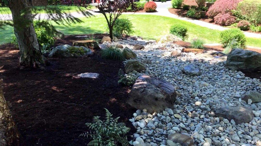 Auburn-Sky-Mulch-Stone-Dry-River-Bed.jpg