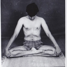 ramaswami doing pranayama and practicing vinyasakrama yoga