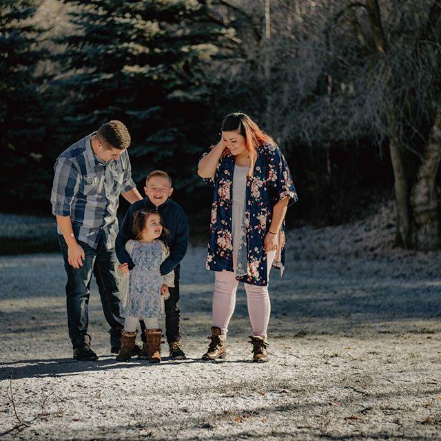 Making memories together is the most important thing!! . . . . . . . . #portraits #portrait #portraits_ig #pixel_ig #portraiture #expofilm3k #portrait_perfection #portraitstyles_gf #snowisblack #portraits_universe #featurepalette #bleachmyfilm #portraitmood #featurepalette  #rsa_portraits #makeportraits #profile_vision #top_portraits #life_portraits #postthepeople #familyshoot #2instagood #familyisforever  #justgoshoot #artofvisuals #utahisrad #2019 #ftwotw #igPodium_portraits #utahphotography  #utahfamily